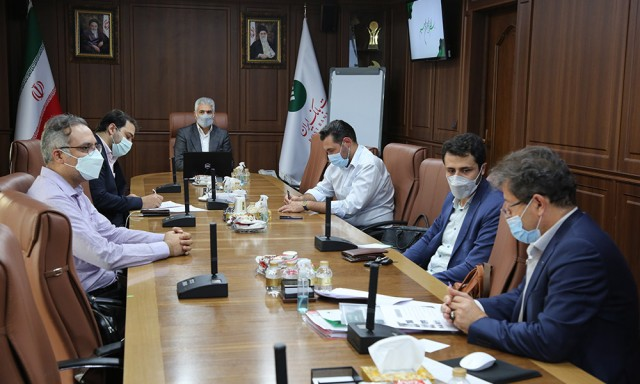 Emphasizing on Development of Cooperation Between the Post Bank and Science and Technology VP